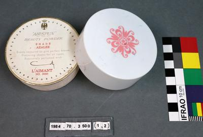 Cosmetic Product: L'aimant Beauty Powder