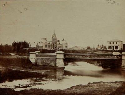 Photograph: Victoria Street Bridge; 14 Oct 1864; 2016.15.4