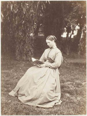 Photograph: Amy Fitzgerald Reading in Garden
