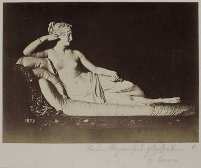 Photograph: Reclining Venus, Sculpture
