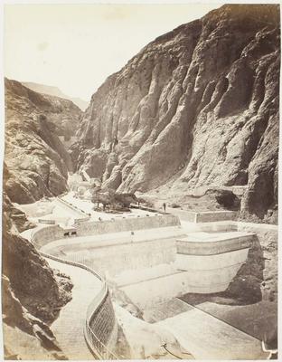 Photograph: Dam with Walkway, Aden