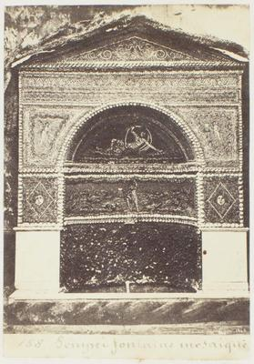 Photograph: Pompeii Fountain
