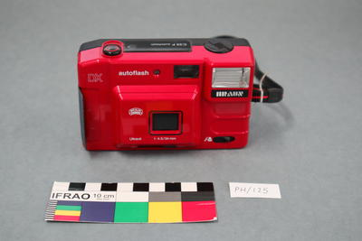 Camera: Braun C35F Autoflash