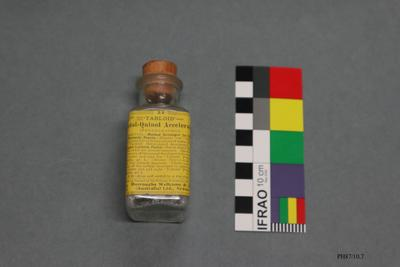 Bottle: Tabloid Metol-Quinol Accelerator
