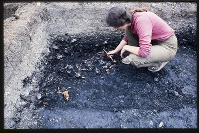 35mm Slide: Elizabeth Sharpe, Fyffe Site Archaeological Excavation (S49/46)