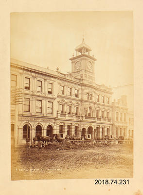 Photograph: Queen Street, Auckland
