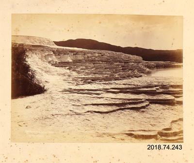 Photograph: White Terrace