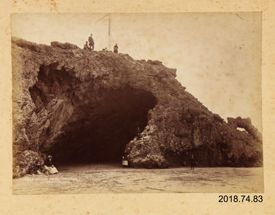 Photograph: Cave Rock Sumner