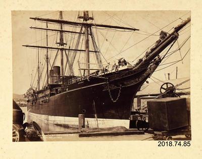 Photograph: S S Arawa at Wellington