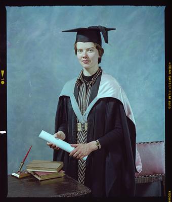Negative: Ms Hands Graduate