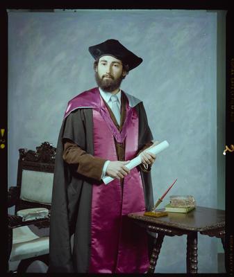Negative: Mr Robinson Graduate