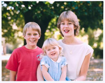 Negative: Mrs Dunlop's Three Children