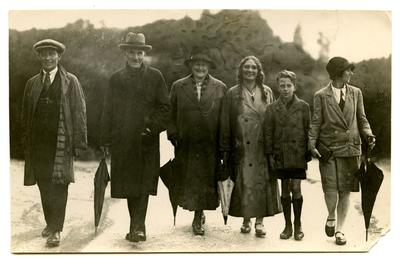 Photograph: Margaret and Will Stables and others at Rotorua