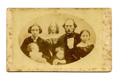 Carte-de-visite: Martha and John Cumberworth and their four children