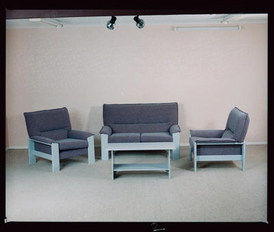 Negative: Blayco Furniture Lounge Suite
