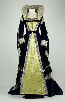Dress: Elizabeth Fancy Dress