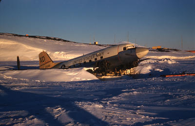 Slide: DC3 Airplane