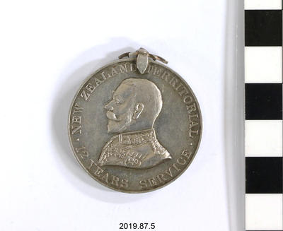 Medal: 12 Years' Service