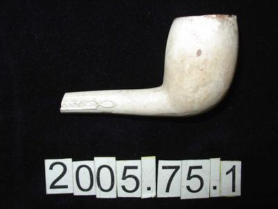 Smoking Pipe: Clay