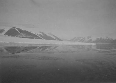 Photograph: Ferrar Glacier