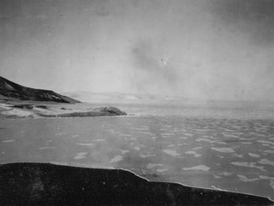 Photograph: Hut Point from Crows' Nest