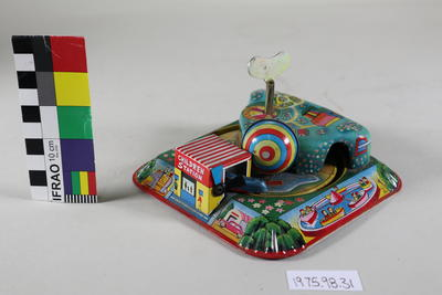 Mechanical wind up train toy