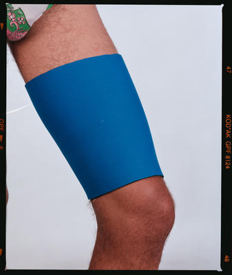 Negative: Canterbury Wetsuits Leg Support