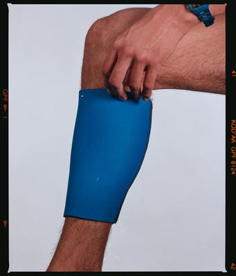 Negative: Canterbury Wetsuits Calf Support