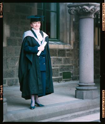 Negative: Farnelly Graduate
