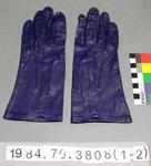 Gloves: Sutherland